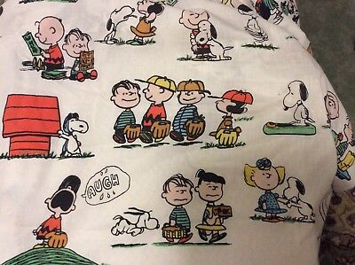 Vintage 1971 Charlie Brown Peanuts Snoopy Twin Fitted Bed Sheet