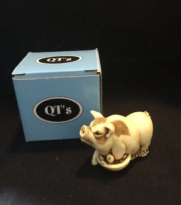 MPS Harmony Kingdom QTs Potbellied Pig Figurine Dining Out