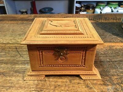 """BRT  Hand Crafted Vintage Trinkets Box - Highly Detailed Wood Carving 4"""" x 4"""""""