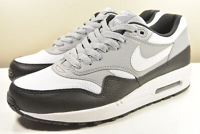 online store 9675b 015cb Ds Nike 2017 Air Max 1 Black  White  Wolf Grey M 8.5   Wmn