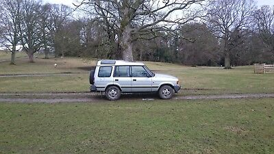Land Rover Discovery -  Silver,  2.5 TDi,  Good Reliable Machine.