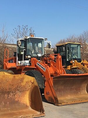 Daewoo Mega 250 III- WHEEL LOADER ACS Coupler and bucket