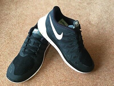 Mens Size 7.5 Nike Free 5.0 Trainers
