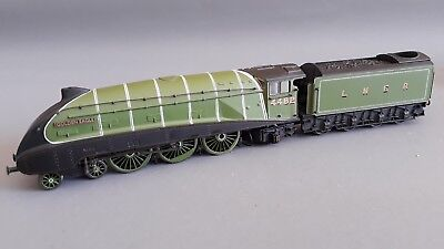Bachmann A4 'golden Eagle' Lner Green Very Good Condition Unboxed Oo Gauge(Jk)