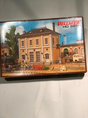 HO Scale, Vollmer, European style brick building , Kit No. 5610