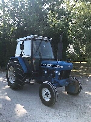 Ford / New Holland 5030 Tractor