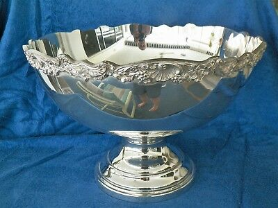 "Rogers 15'' Diameter 10 1/4"" Tall Silverplated Punch Bowl"