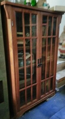 Very nice Vintage Antique Solid Wood Bookcase!!! Maryland pick up