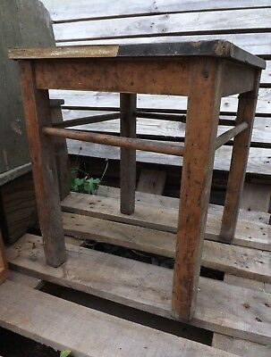 (A1452) Antiker Fabrik Industrie Atelier Werk Hocker Holz unrestauriert Shabby
