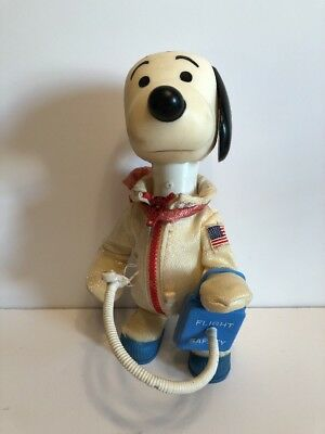 1969 Snoopy Astronaut With Flight Safety Box.  United Feature Syndicate.