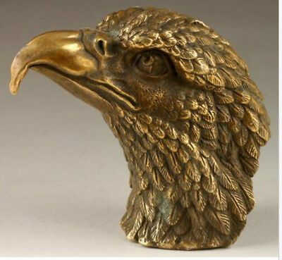 Chinese Lifelike Old Copper Bronze Brass Hand Carved Eagle Heads Statue