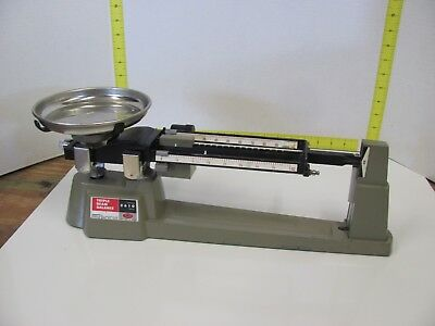OHAUS SCALE Corp. Capacity 2610 Grams TRIPLE BEAM BALANCE SCALE with Plate Bowl