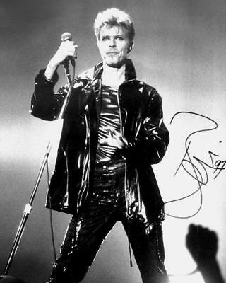 REPRINT - DAVID BOWIE Autographed Signed 8 x 10 Photo Poster RP