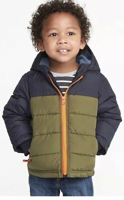 7a2e7c9fee0b NEW BOYS FROST Free Black Puffer Vest Outerwear Old Navy size Large ...