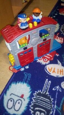 Fisher Price Little People Feuerwehrstation