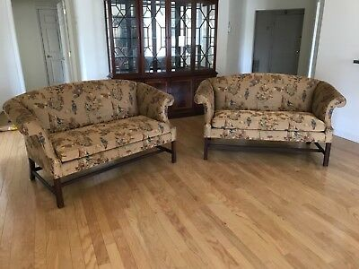 pair Colonial Williamsburg Stickley love seats sofas immaculate