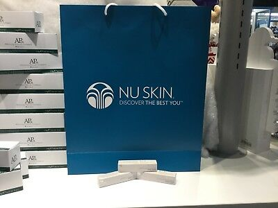 NU SKIN Nu COLOUR LIGHT SHINE LIP PLUMPING BALM PINK TINGE