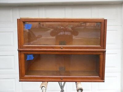 GLOBE-WERNICKE BARRISTER BOOKCASE SECTION D 10 1/4  298 1/2 Grade
