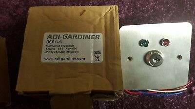 0661 LED MAINTAINED KEY SWITCH Stainless Steel