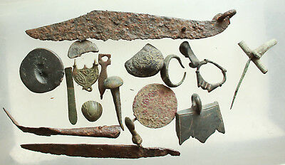 lot of  Ancient Roman Bronze & Iron Artifact 140gm