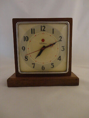 Vintage ART DECO Electric Desk Clock by TELECHRON  Works and Keeps Time (720)