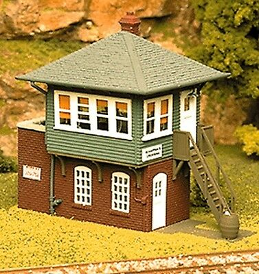 Atlas HO Scale Model Railroad Building Kit Signal/Switch Interlocking Tower