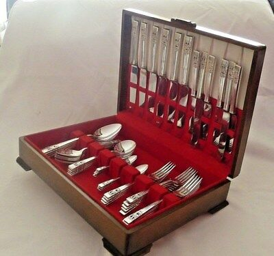 Canteen of Cutlery Community Plate Hampton Court 56 Piece 6 Place Setting Set