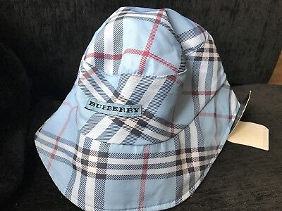 d8d8ae07730 New Burberry Light Sky Blue Unisex Reversible Bucket Hat Size