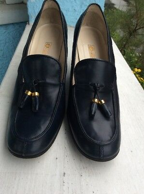 Gucci Vintage Navy Leather  Heel Loafer Size40B
