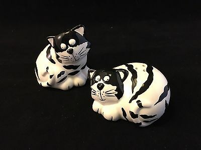 Salt and Pepper Shakers Ceramic Black and White Cats