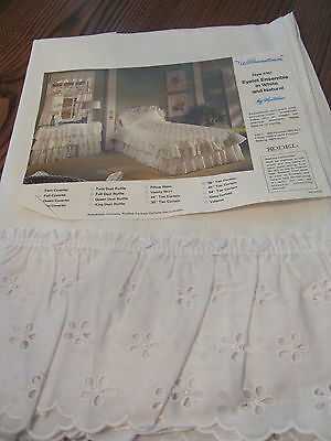 """Vintage Pair White Eyelet Curtain """"Williamstown"""" 38Wx36L Poly Avril Unused NOS"""