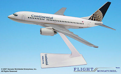 Flight Miniature's Continental Airlines 737-700 1:200  Scale Plastic Model