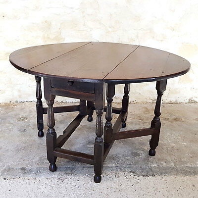 Early C18th Oak Gateleg Drop Leaf Oval Dining Table with Drawer (George I)