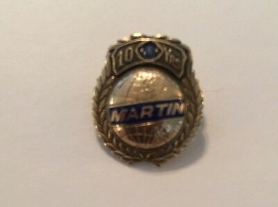 Glenn L. Martin 10 Year Service Award Pin 10K Yellow Gold