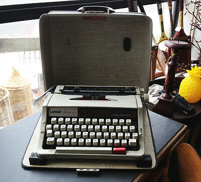 Industrial Style Retro Vintage Lemair Deluxe Portable Typewriter Working