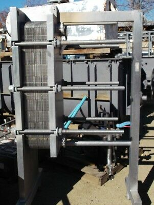 200 Square Foot Stainless Steel APV Plate-type Heat Exchanger