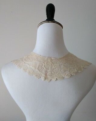 Antique Victorian Edwardian Ivory Lace Collar Netting Ornate Floral