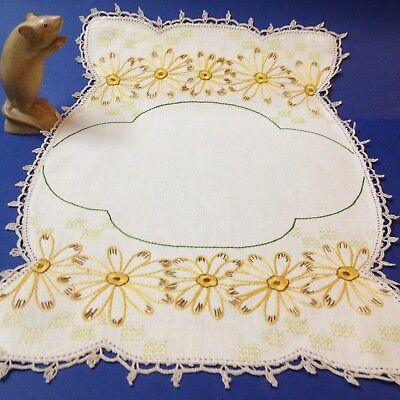 Vintage Ecru Linen - Hand Embroidered Daisies - Centre Piece / Tray Cloth 46cmL