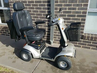 Shoprider 4WH Deluxe Mobility Scooter with many extras - Great AS NEW Condition
