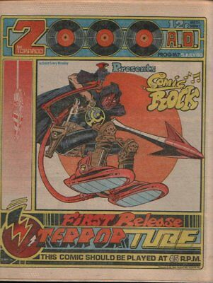 2000AD COMIC: Digitised to Disc (DVD) Issues 000 to 1469, plus software.