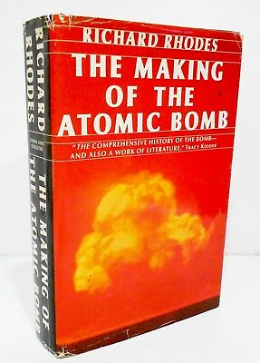 THE MAKING OF THE ATOMIC BOMB by RICHARD RHODES HCDJ BCE PULITZER PRIZE WINNER