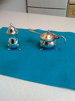 Vintage Silver Plated Mustard & Pepper Pot (1017)