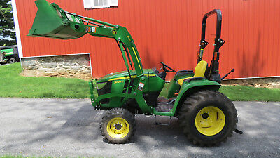 2018 John Deere 3025E 4X4 Compact Tractor W/ Loader Only 19 Hrs Factory Warranty