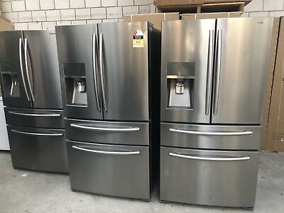 Samsung SRF680CDLS 680 Litre French Door Refrigerator *Only Small Dints* Warrant