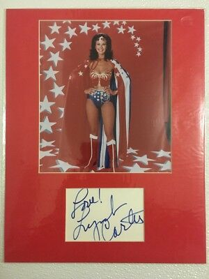 Autograph and Photo Poster - Lynda Carter