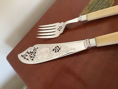 Lovely Unboxed 2 Piece Silver Plated & Ivorine Handled Fish Serving Set (Fss 81A