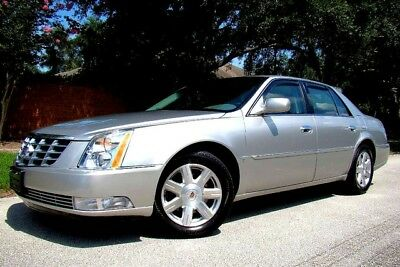 2008 Cadillac DeVille  2008 CADILLAC DTS ONLY 29,000 LOW MILES! 2 OWNERS! BRAND NEW! NO ACCIDENTS!
