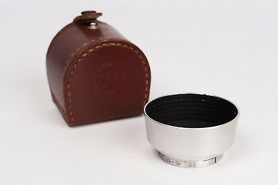 B+W 32mm push fit lens hood with case