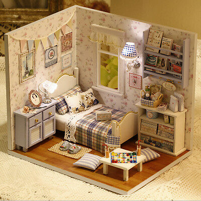 1 DIY Wooden Dolls house Miniature Kit w/Cover/LED Light Dollhouse Furniture WK