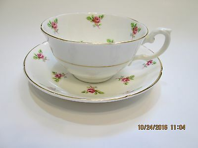 Royal Grafton China Vintage Tea Cup & Saucer - Small Rose Bouquets  Great shape